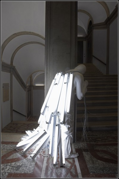 Люди и свет в скульптурах Bernardi Roig