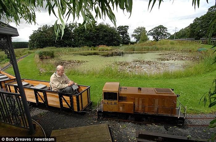 Железная дорога своими руками. Работа пенсионера Билла Барритта (Bill Barritt)