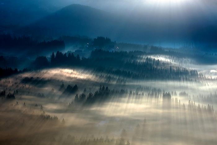 Туманные пейзажи на фотографиях Богуслава Стремпеля (Boguslaw Strempel)