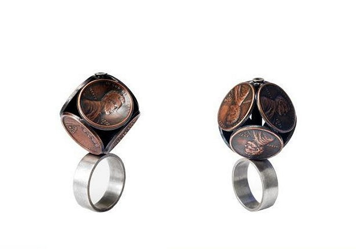 http://www.kulturologia.ru/files/u1866/Coin_jewellery_Stacey_Webber_5.jpg