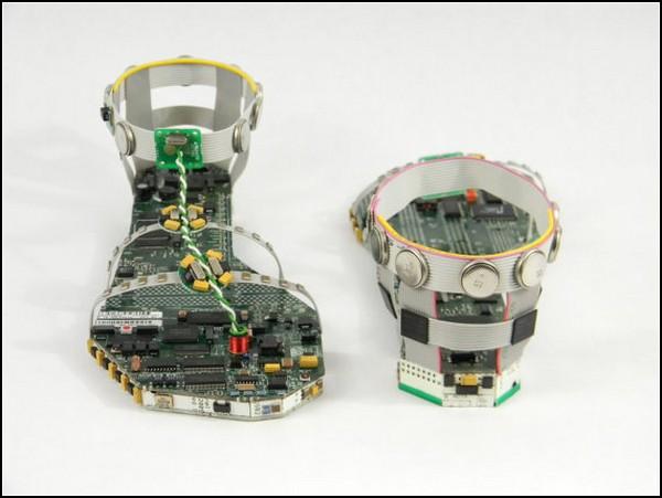 Data Sandals, обувь для кибер-золушки