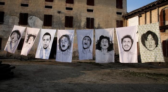Портреты на простынях. Арт-проект Orgasms от Диего Бейро