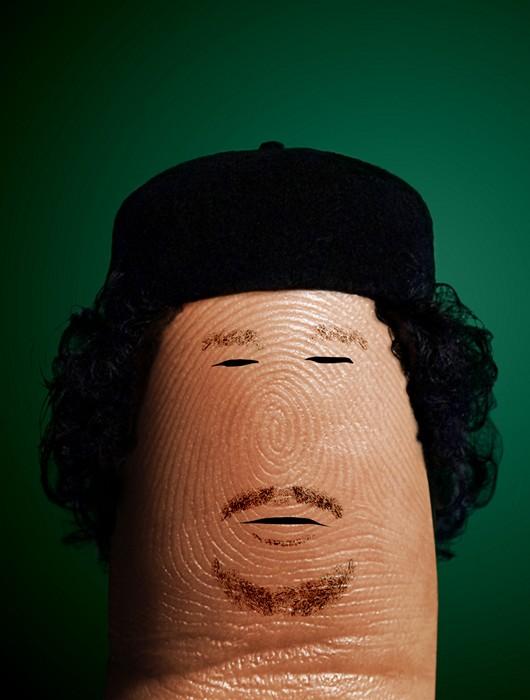 Муаммар Каддафи. Портреты на пальцах в арт-проекте Ditology