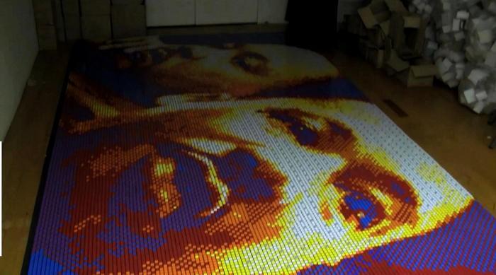 Dream Big. Инсталляция из 4200 кубиков Рубика от Пита Фекто