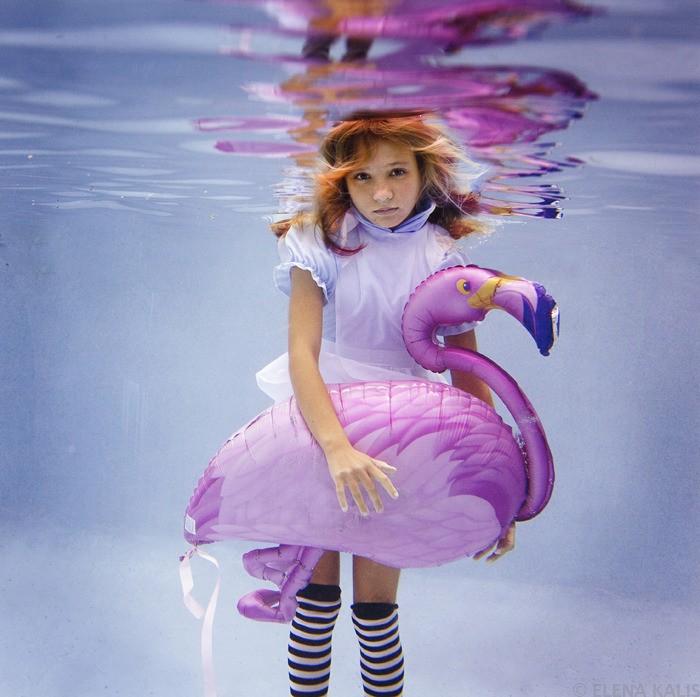 Alice in Waterland. Арт-проект *Алиса в Подводном царстве* фотографа Елены Калис