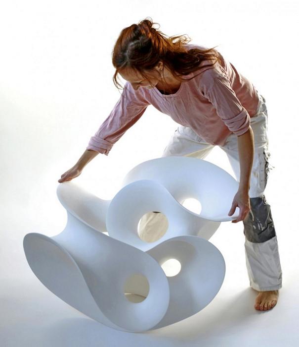 Абстрактные загогулины в керамических скульптурах Евы Хильд (Eva Hild)