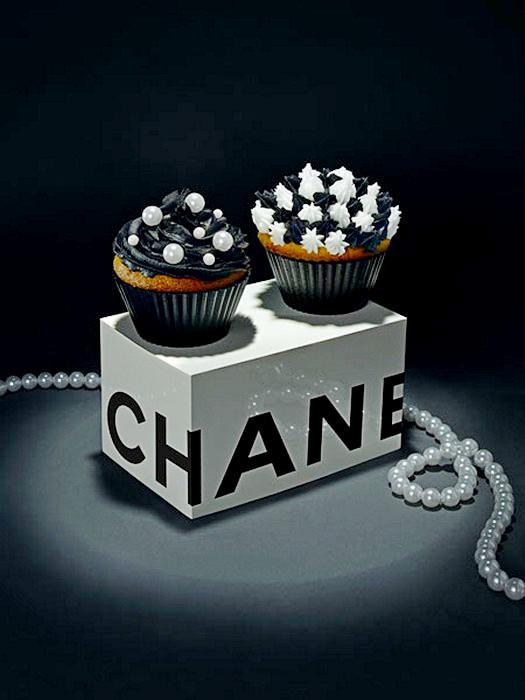 Дизайнерский кекс в стиле Chanel от  Лайзы Эдсальв (Lisa Edsalv)