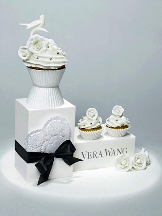 Дизайнерский кекс в стиле Vera Wang от  Лайзы Эдсальв (Lisa Edsalv)