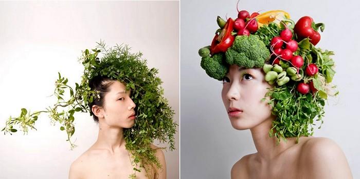 фото люди с цветами: