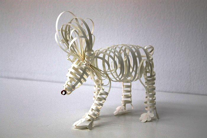 Бумажный белый медведь в интерпретации художницы Diana Beltran Herrera