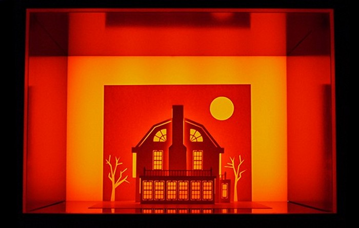 Особняк из фильма «Ужас Амитивилля» (The Amityville Horror). Horrorgami от Paper Dandy