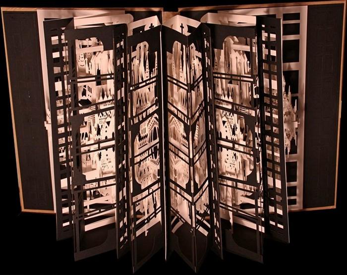 Бумажные здания в творчестве Ингрид Силиакус (Ingrid Siliakus)