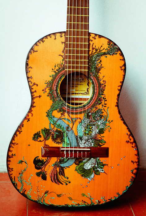 Рисунки на гитарах своими руками - Luboil.ru