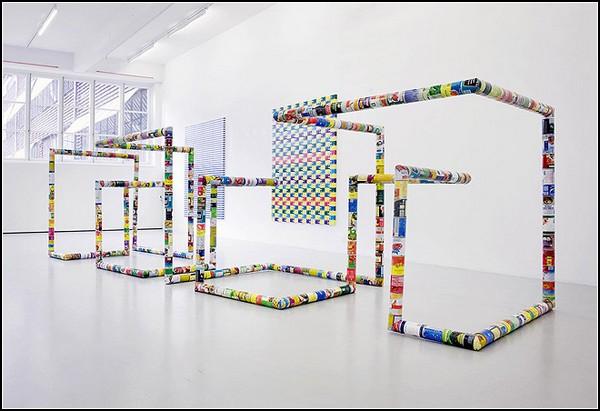 Необычные инсталляции из обычных вещей