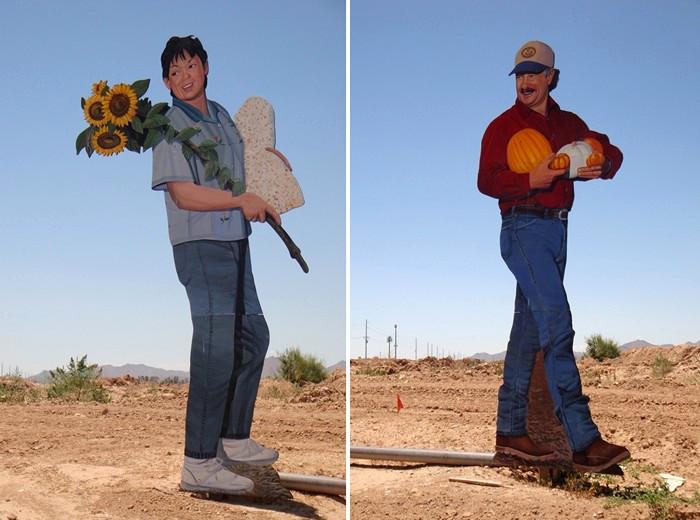 Скульптуры из картона как дань уважения работникам полей и ферм. Творчество скульптора Джона Керни (John Cerney)