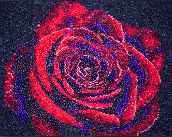 A Rose By Any Other Name, инсталляция из 15000 силиконовых *конфет*