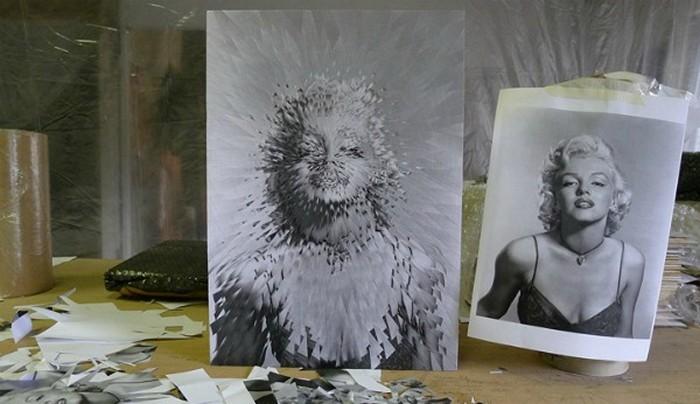 *Разбитые* на осколки портреты знаменитостей