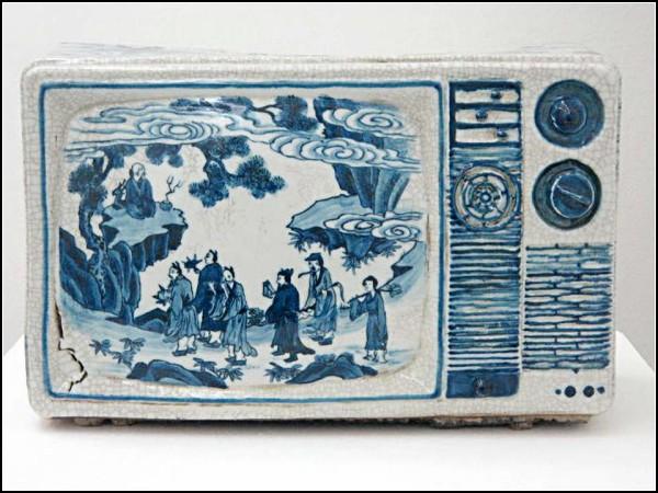 Фарфоровые скульптуры из серии Transforming China