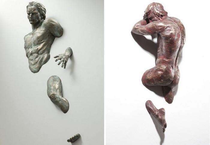 Выходящие из стены скульптуры Matteo Pugliese