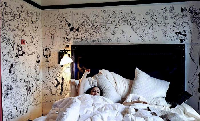Week in Hell, пятидневный арт-марафон Молли Крэбэппл (Molly Crabapple)