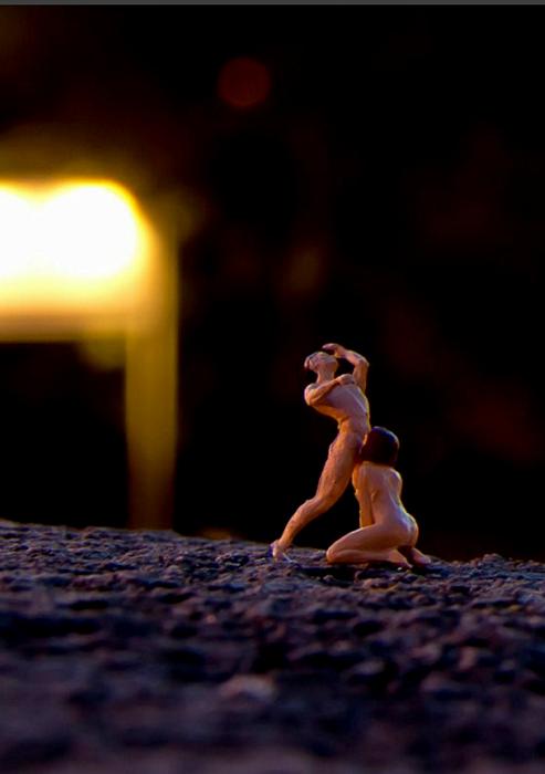 Make Love. Эротические микро-скульптуры от Mr.Peluche