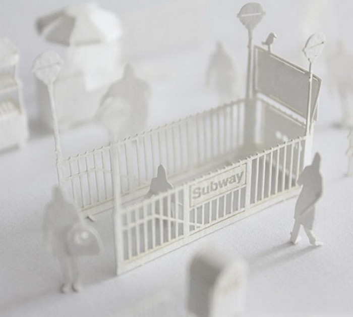 Бумажная копия нью-йоркской подземки в формате 1/100