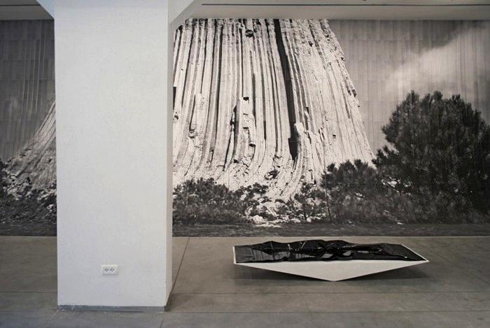 Бумажная инсталляция El Al от художницы Наама Арад (Naama Arad)
