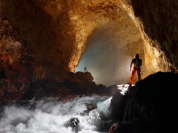 Ora Cave, Papua New Guinea