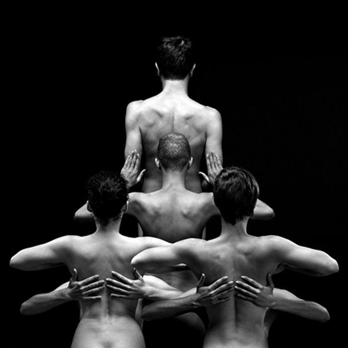 Голая пластика. Арт-проект Klecksography  от Olivier Valsecchi
