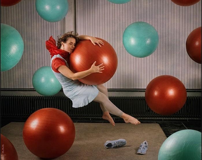 Passion Dream In-Flight или левитация над хаосом. Серия фотографий Марии Нецунски (Maria Netsounski)