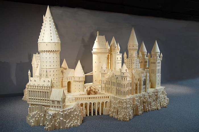 Хогвартс из 600 000 спичек. Скульптура Патрика Эктона (Patrick Acton)