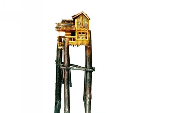«Мусорные» домики Лин Дейч  украсят любой интерьер