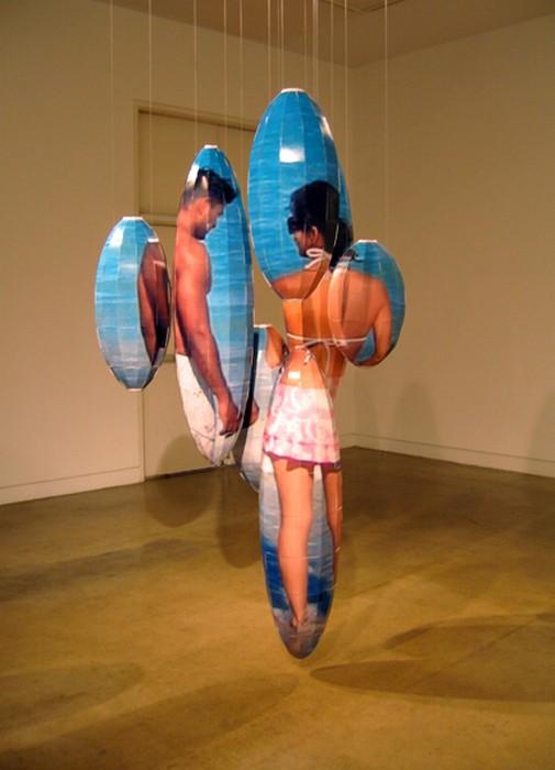 Инсталляции, воспроизводящие фотографию