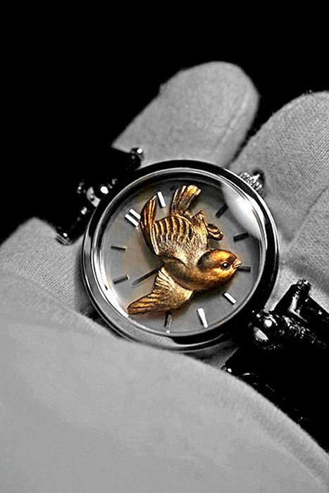 Hidden Snake и Sparrow: часы-шедевры от Angular Momentum