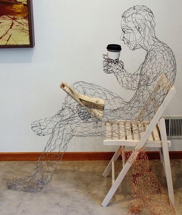 Кофе не бывает много. Скульптура из проволоки от Рут Дженсен (Ruth Jensen)