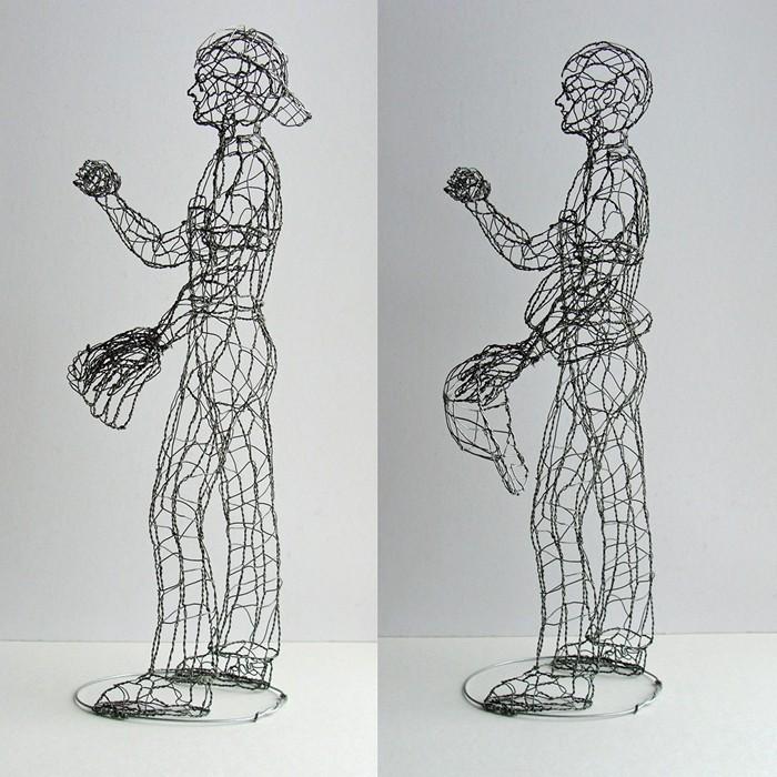 Скульптура проволочного бейсболиста от Рут Дженсен (Ruth Jensen)