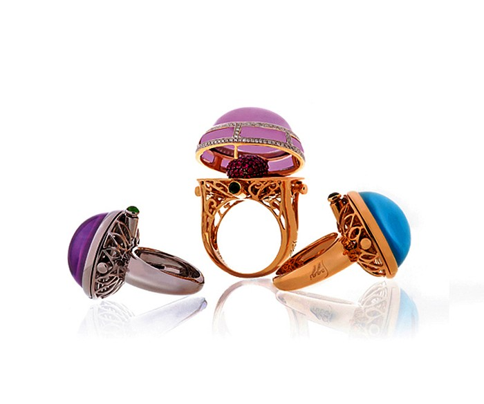 Перстни Volumetric Rings с *начинкой* в виде ювелирных миниатюр