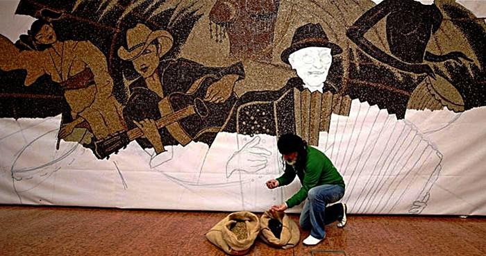 One World, One Family, One Coffee. Мозаика из миллиона кофейных зерен