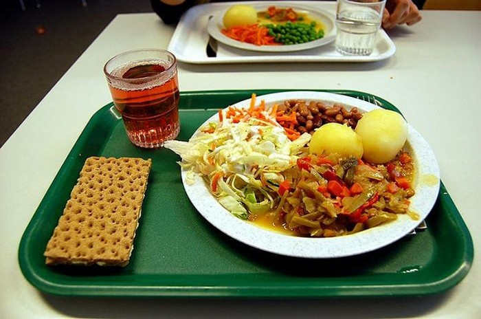 Швеция: школьные обеды разных стран