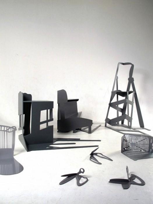 Деформированные тени предметов мебели и быта в арт-проекте Shadow Construction