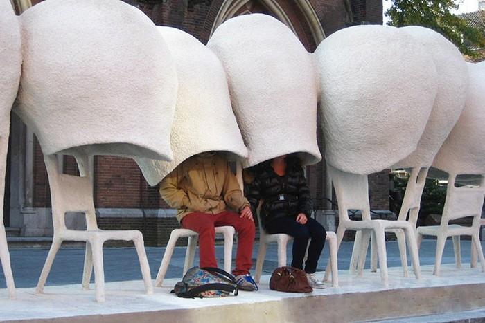 Communication Line. *Социальная* скамья в арт-проекте Начо Карбонелла (Nacho Carbonell)