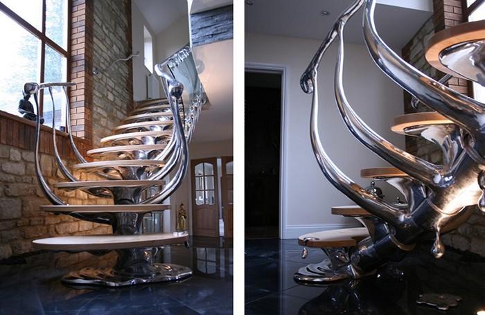 Spinal Staircase, лестницы-скульптуры для просторных особняков