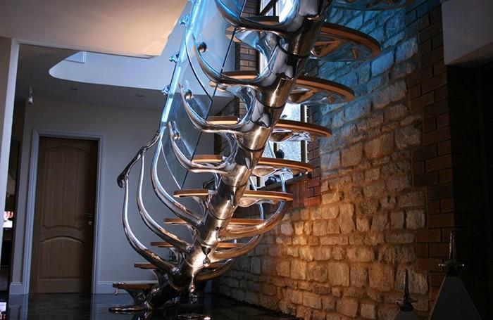 Spinal Staircase, лестницы-скульптуры в виде позвоночника