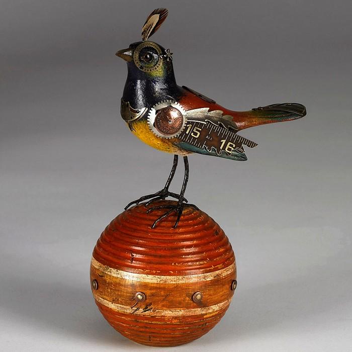 От деревянных фигурок-манков к оригинальным стимпанк-скульптурам