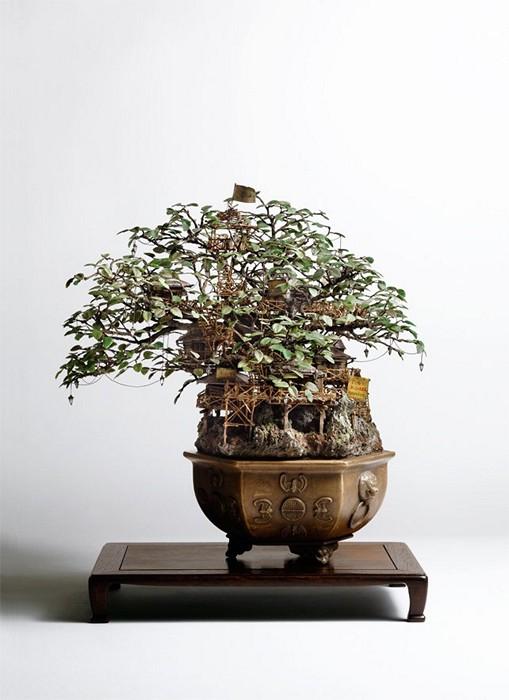 Бонсай с домиком на ветвях, скульптуры Takanori Aiba