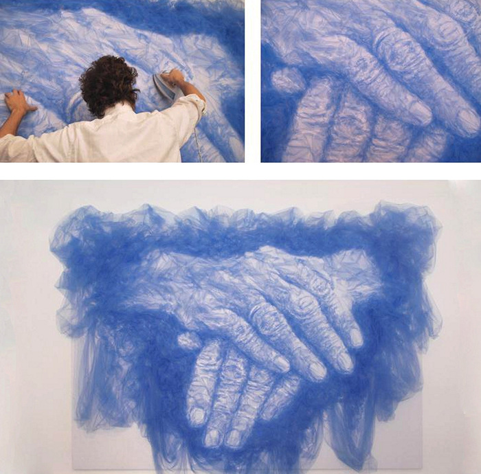 Инсталляция Hands of Time из арт-проекта Tulle