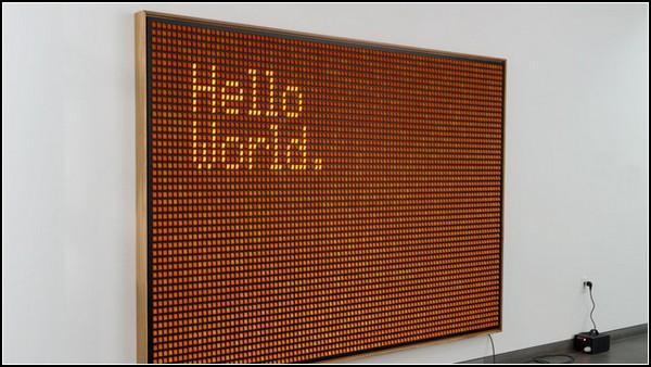 Световая инсталляция из 5000 выключателей. *Hello, world!* от Валентина Рури (Valentin Ruhry)