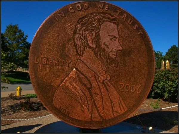 Монета из 840 тысяч монет. Работа Вандер Мартич (Wander Martich)