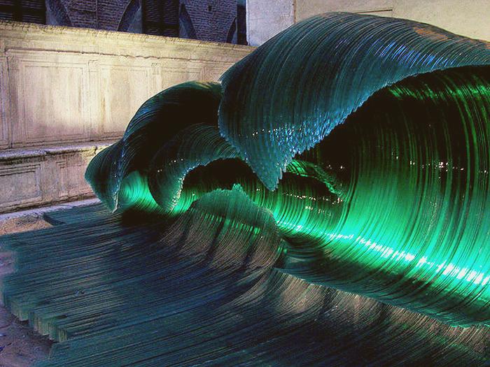 Стеклянные волны Марио Чероли (Mario Ceroli)