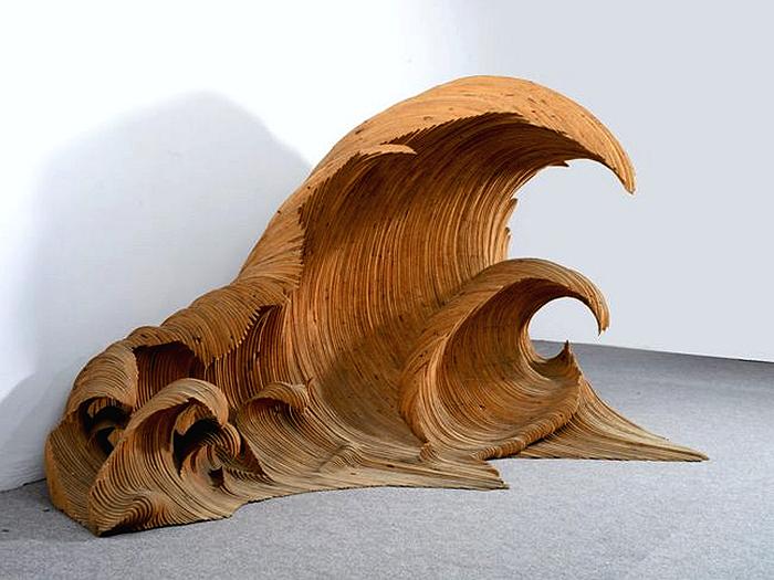 La Vague, деревянная волна Марио Чероли (Mario Ceroli)